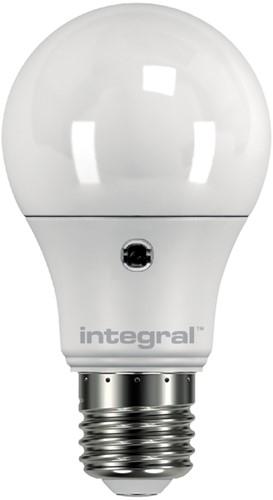 LEDLAMP INTEGRAL E27 5.5W 5000K DAG/NACHT SENSOR 1 Stuk